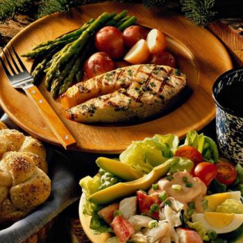 Tradicionālie latviešu ēdieni