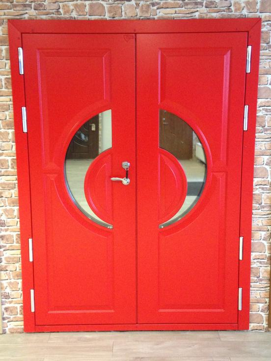nestandarta metāla durvis uz pasūtījuma